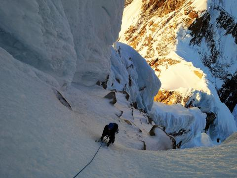 Kim above mixed pitches Cerro Torre